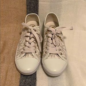 MICHAEL KORS MK CITY SNEAKERS